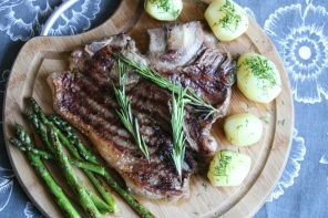 GRILLOWANY STEK T-BONE